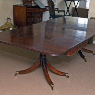 Two-pillar Dining Table