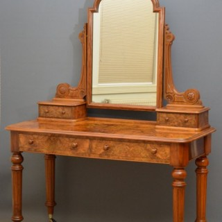 Elegant Victorian Dressing Table in Burr Walnut