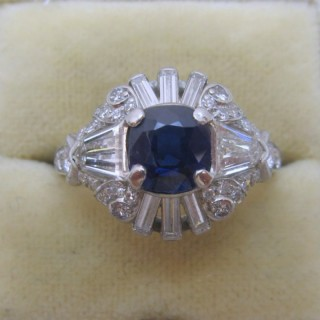 Art Deco Velvet Blue Sapphire and Diamond Cluster Ring