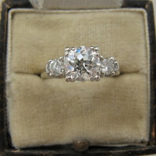 Art Deco 1.10 Carat Diamond Solitaire Engagement Ring