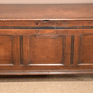 A Handsome early 18th Century Oak Coffer