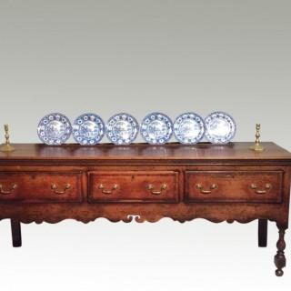Geo II oak dresser