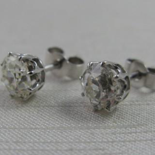 White Gold Diamond Stud Earrings.