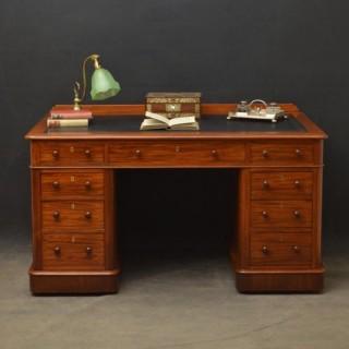 Victorian Mahogany Desk - Pedestal Desk