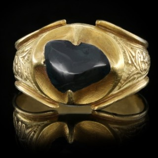 Medieval Duchess of Lancaster sapphire posy ring, circa 1360-1400 AD.
