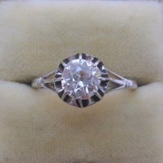 Art Deco .90 Carat Diamond Solitaire Engagement Ring.