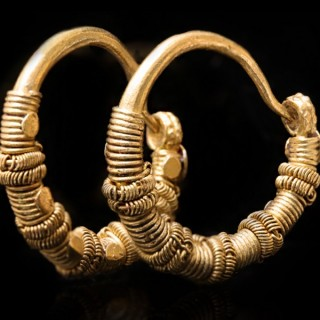 Ancient Greek wirework earrings, circa 5th-4th century BC.
