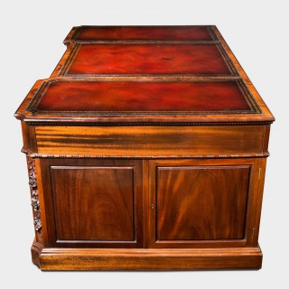 A fine late mahogany Chippendale style pedestal desk