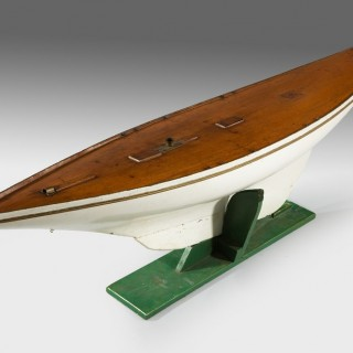 Large early gaff rigged pond yacht