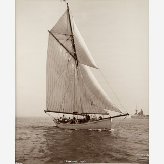Early silver gelatin photographic print by Beken of Cowes - Yacht Makora off Cowes