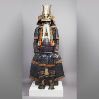 A FINE JAPANESE DAIMYO SUIT OF ARMOUR