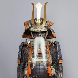 A FINE JAPANESE DAIMYO SUIT OF ARMOUR