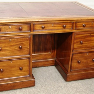 Irish, William 1V period, Mahogany Partners Knee-hole Library Desk