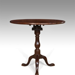 Fine quality George III mahogany tripod table