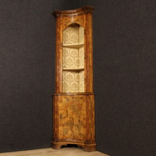 20th Century Corner Cupboard In Walnut And Burl