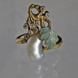 A Fabulous Art Nouveau Plique & Damond Ring