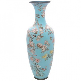 Large Japanese Cloisonne vase, Meiji period.