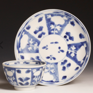 Kangxi white and blue tea bowl with saucer