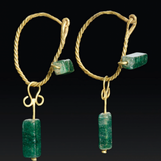 Roman gold & emerald jewellery earrings set