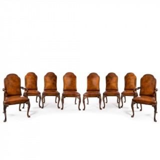 Set of Queen Anne style walnut dining chairs