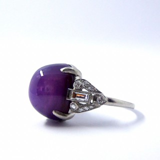 An Important Art Deco Purple Star Sapphire Ring