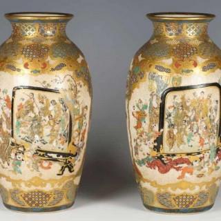 PAIR OF MEIJI PERIOD JAPANESE SATSUMA VASES BY MEIZAN