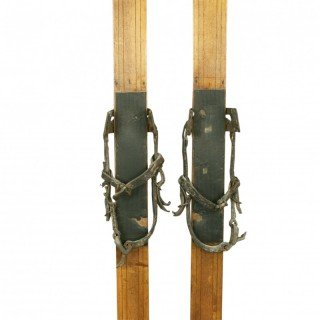 ANTIQUE WOODEN SKIS.