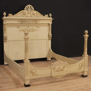 20th Century Italian Lacquered Double Bed In Louis XVI Style