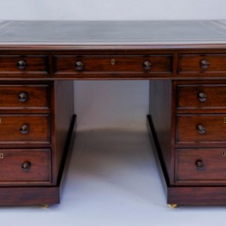 English Antique William 1V Mahogany Partners Desk