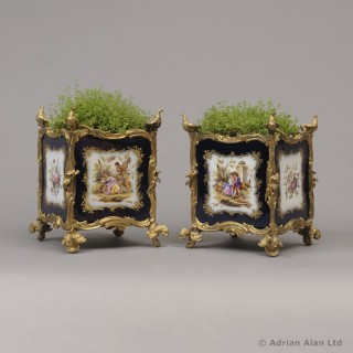 Pair of Louis XV Style Sèvres-Style Porcelain Jardinières
