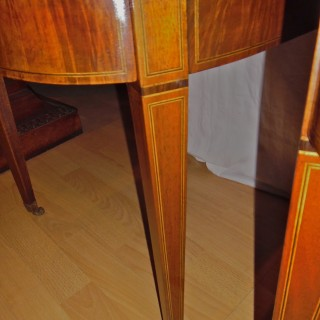 Pair of unusual and stylish 1920s mahogany bedside tables