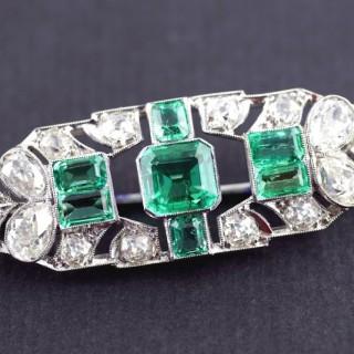 Art Deco Emerald Diamond Platinum Brooch circa 1930