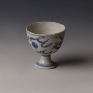 Chinese Kangxi Small Blue and White Tea Bowl