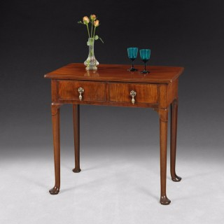 George II Period Mahogany 2 drawer side table / Lowboy