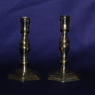 pair of early 18th. century Brass Candlesticks with a hexagonal foot