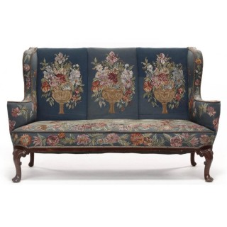 An attractive Queen Anne style mahogany sofa