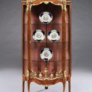 French Corner Vitrine of Kingwood and Ormolu Mounts