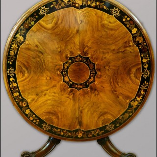 19th centuy walnut circular Centre Table