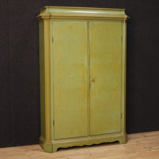 20th Century Venetian Wardrobe In Lacquered Wood