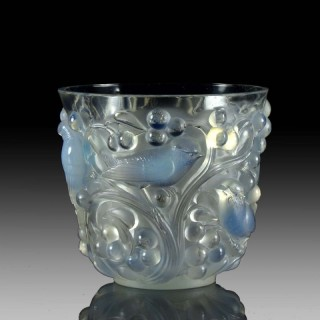 'Avallon' Art Deco Glass Vase by René Lalique