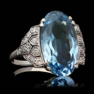Art Deco aquamarine and diamond cluster ring, circa 1935.