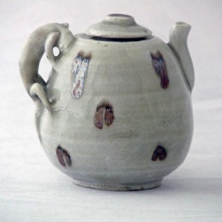 Yuan Qingbai Splashed lidded  Ewer