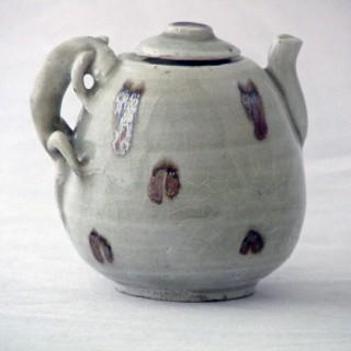 Yuan Qingbai Splashed lidded  Ewer