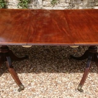 George III Period 18th Century Mahogany Twin Pedestal Antique Dining Table Of Exceptional Quality
