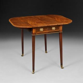Sheraton period Mahogany and Crossbanded Pembroke Table