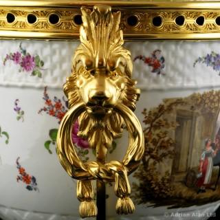 Gilt-Bronze Mounted Porcelain Pot-pourri Vase and Cover