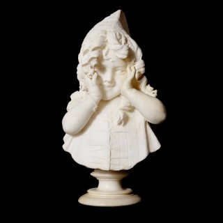 Bust of a young girl in antique Italian marble, by Galleria Bazzanti