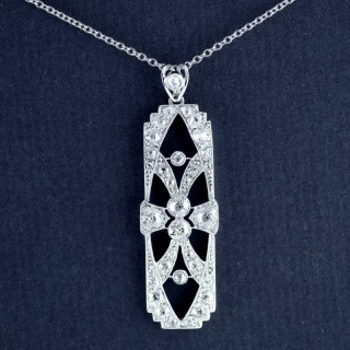 Platinum, Diamond Edwardian Pendant circa 1910