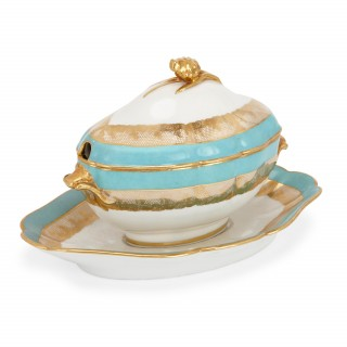Edouard Honoré seventeen piece Paris Porcelain dessert service