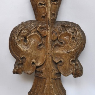 Gothic oak Pew Finial